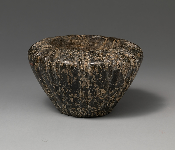 Serpentine blossom bowl