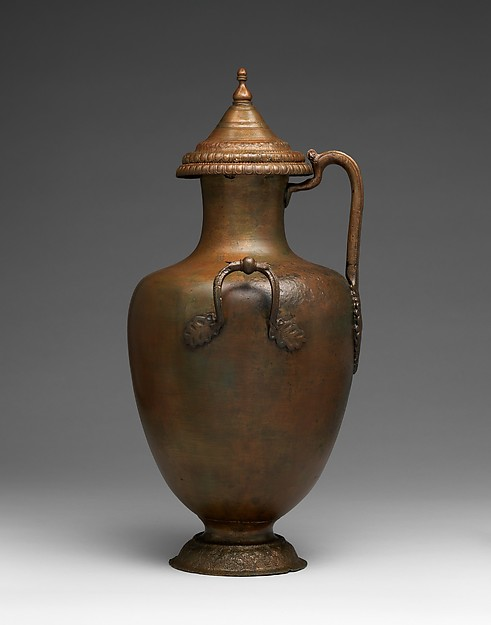 Bronze hydria (water jar) with lid