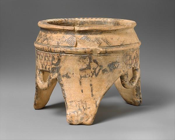 Terracotta tripod