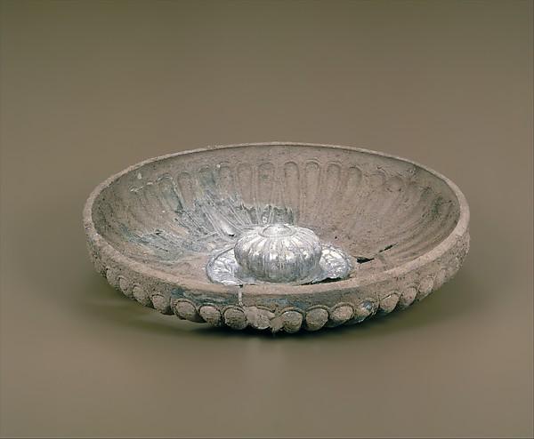 Silver phiale (libation bowl)