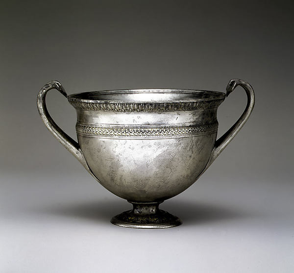 Silver skyphos (drinking cup)