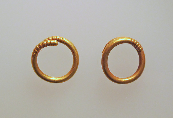 Earring or spiral