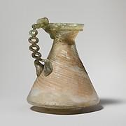 Glass jug with chain handle