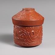 Terracotta pyxis (box) with lid