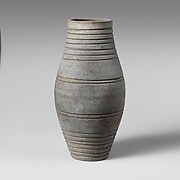 Terracotta barrel-shaped jar