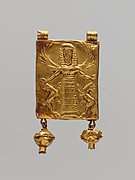 Gold pendant with Mistress of Animals