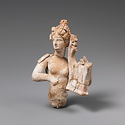Fragmentary terracotta statuette of a woman with a kithara