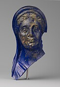 Glass portrait head of a woman
