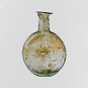 Glass lentoid bottle