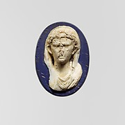 Cameo glass medallion of the emperor Augustus