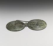 Bronze spectacle fibula (safety pin)