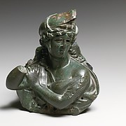 Bronze bust of an Amazon