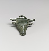 Bronze applique in the form of a bull's head