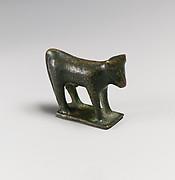 Bronze statuette of a bull