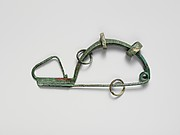 Bronze fibula (safety pin) with four rings