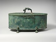 Bronze cista (toiletries box)