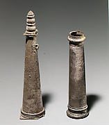Silver cosmetic vessel