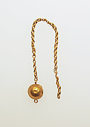 Chain earring with disk fastener