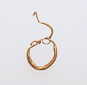 Earring with pendant