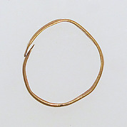 Ring, spiral with overlapping ends