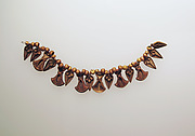Bead pendant, with lotus flowers