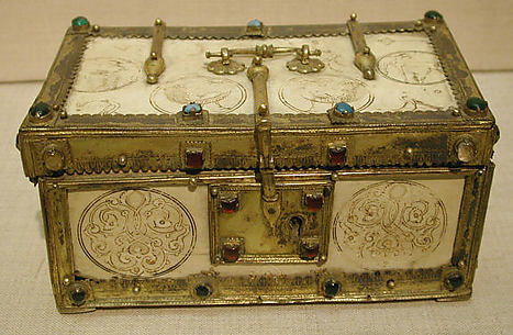 Casket with Painted Roundels