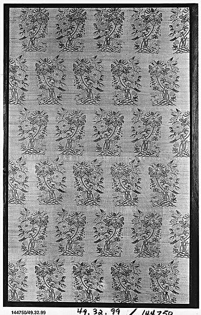 Silk Fragment with a Rosebush, Bird and Deer Pattern