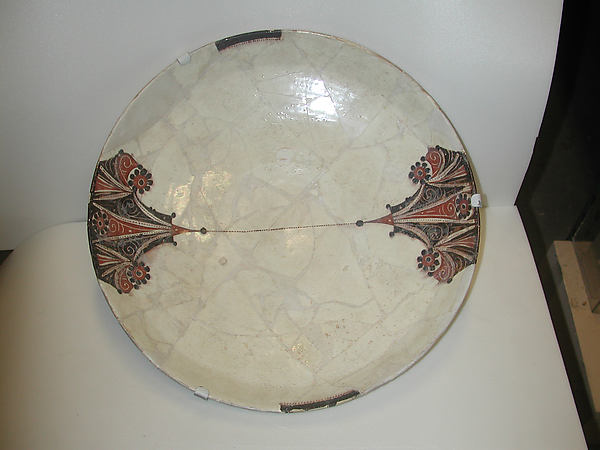 Bowl with Red and Black Vegetal Motifs