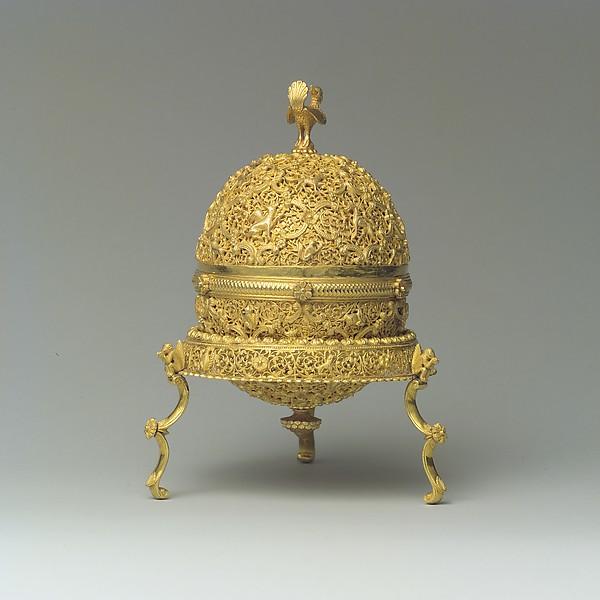 Goa Stone and Gold Case