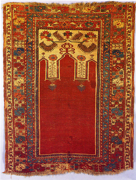 Prayer Rug with Triple Arch Design