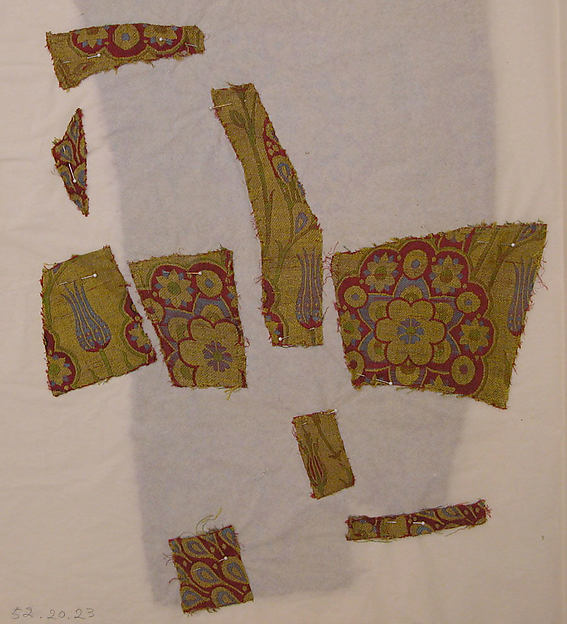 Silk Fragment with Wavy-vine Pattern on Green Ground