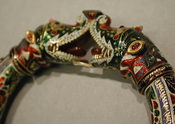 Bracelet with Makara Head Terminals