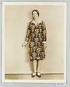 8 x 10 inch black and white photograph of model wearing dress made from Stehli Silks Americana Print collection.