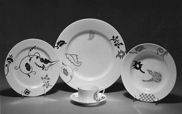 """""""Renaissance"""" Dinner Plate"""