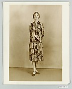 8 x 10 inch black and white photograph of models wearing dress made from Stehli Silks Americana Print collection.
