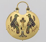Temple Pendant with Two Birds Flanking a Tree of Life (front) and Geometric Lead Motifs (back)