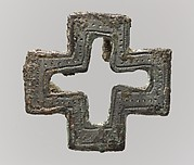 Purse Mount in the Form of a Cross
