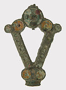 V-Shaped Brooch