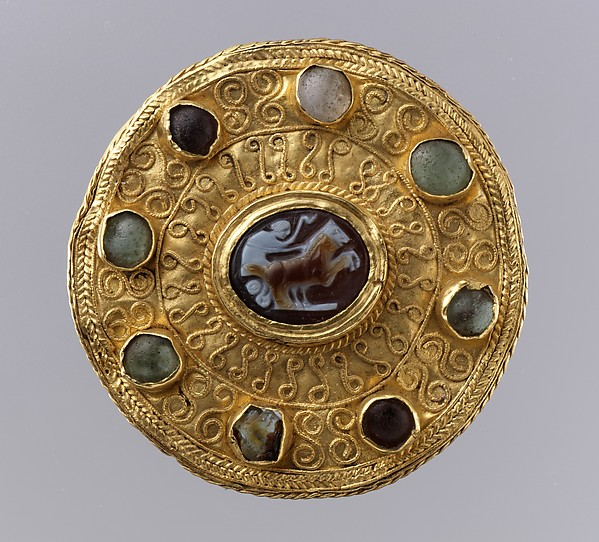 Disk Brooch with Cameo