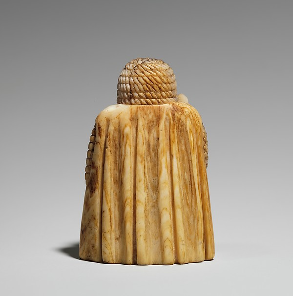 Chess piece in the form of a Warder (Rook) or Pawn