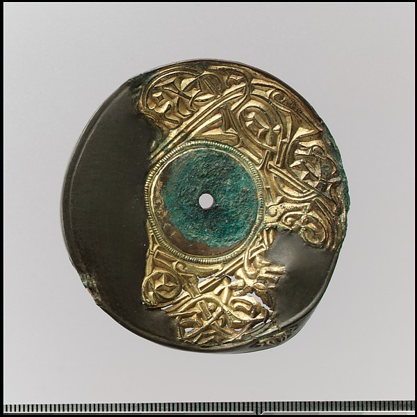 Bow Brooch with Disc