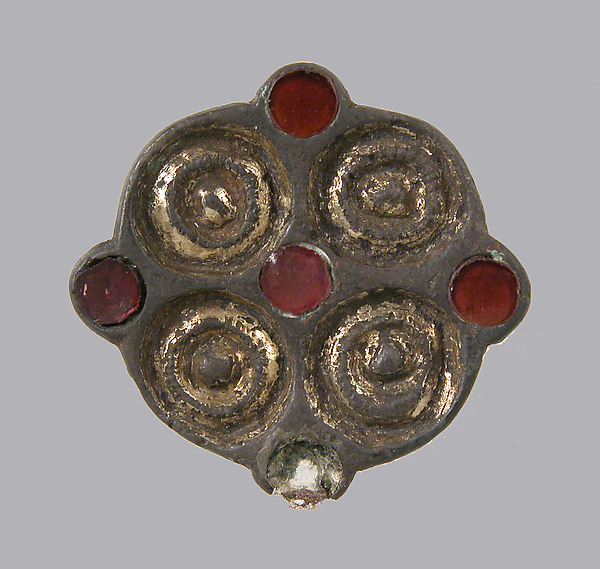 Whorl-Shaped Brooch
