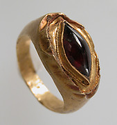Finger Ring with Oval Bezel