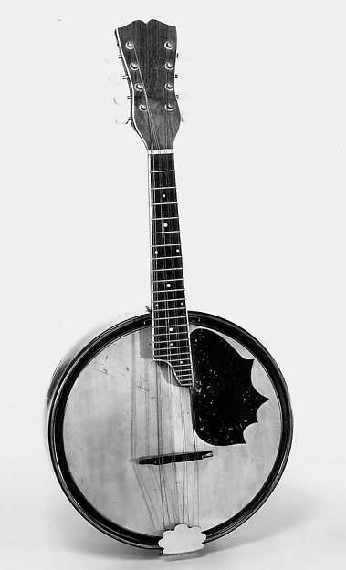 "Banjo-form Mandolin called a ""Bandonian"""