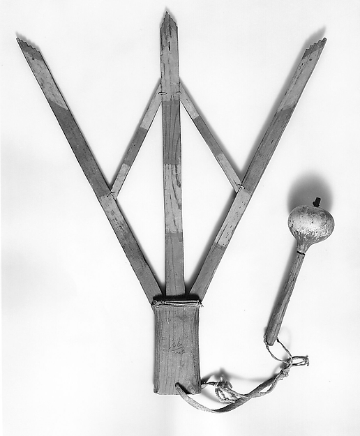 Trident (palmas) and Rattle