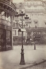 Candelabre console avec inscription des noms des rues (Candelabra with Street Signs) (Avenue de l'Opéra)