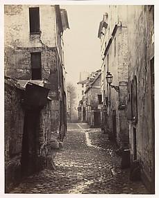 Rue Traversine (from the Rue d'Arras)