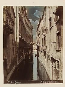 17 Rio Pesaro, Venice