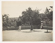 [de Meyer Photographing a Woman in a Garden]