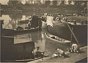 [Boats and Washerwomen on the Banks of the Seine, Paris]